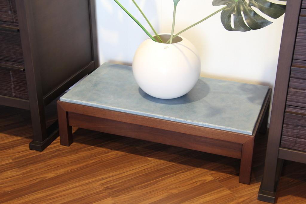 Tavolino comodino gervasoni mod otto 158 mobilpi - Tavolino comodino ...